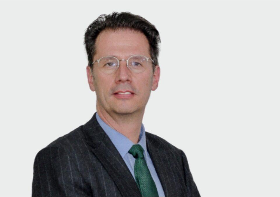 Alberto Lozano, socio director de Cavelier Abogados y gerente de Infolaft. Abogado con MBA de la Universidad de Georgetown, Washington D.C., (EEUU).